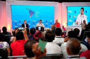 Maduro ordena reabrir pasos fronterizos con Colombia