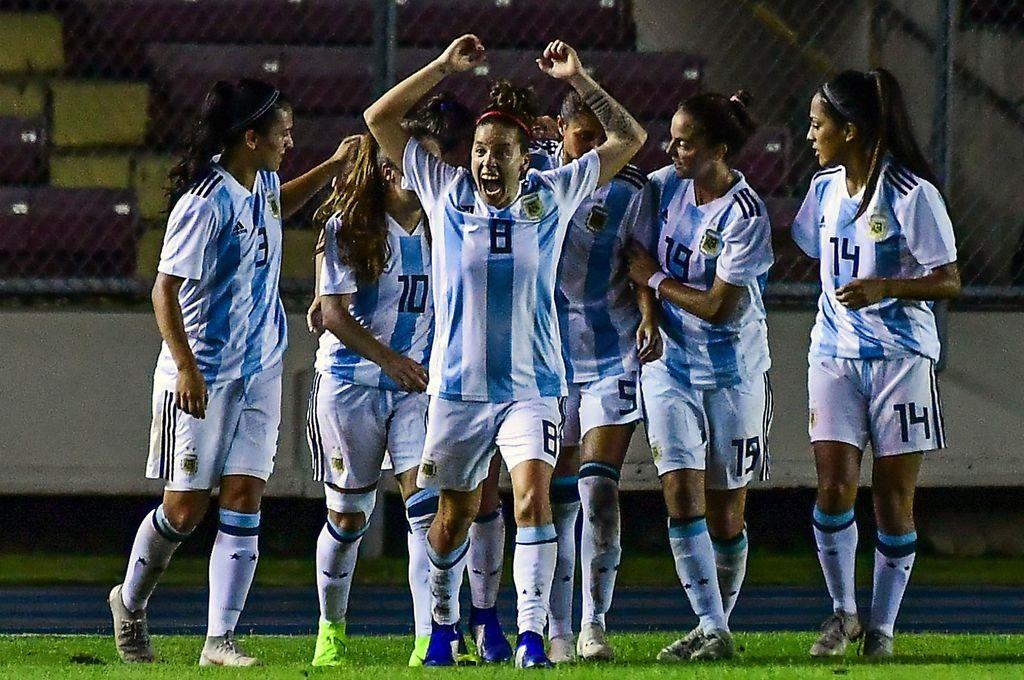 Las chicas argentinas consiguieron su primer empate en un Mundial