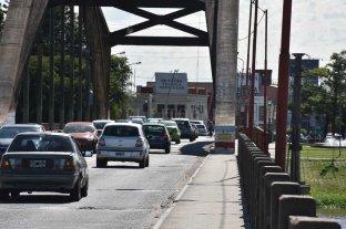 ¿Alcanza con sólo reparar el puente Carretero o es necesario construir uno nuevo?