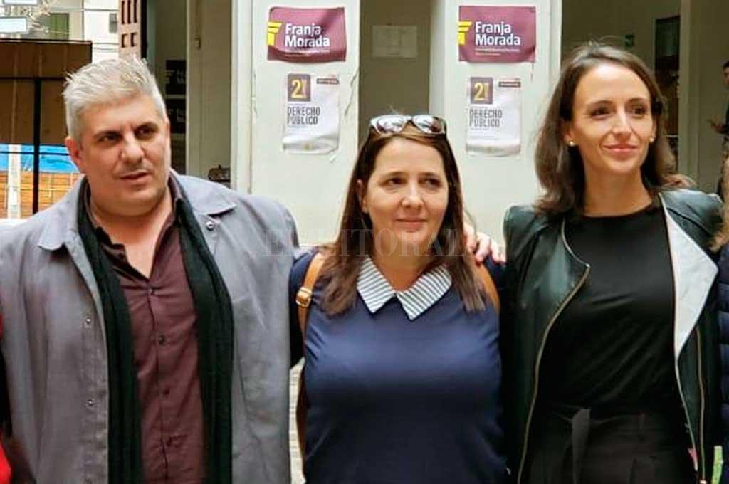 """Matías Bagnatto, María Lujan Rey y María Luciana Carrasco coincidieron a la hora de pedir """"sentido común"""" a los operadores judiciales para respetar a las víctimas de delitos y sus familiares. Crédito: El Litoral"""