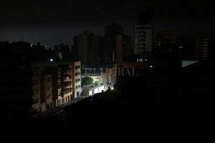 """Santa Fe y gran parte del país sin luz por un """"apagón masivo"""" -"""