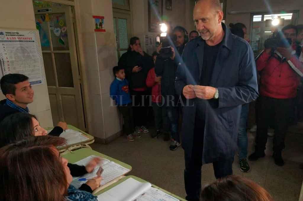 """Omar Perotti: """"Queremos que la gente vote con tranquilidad"""""""