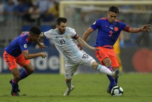 Messi, la candidatura y Di María -  -