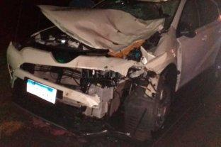 Múltiple choque entre tres autos y un caballo en la autopista Santa Fe - Rosario -  -