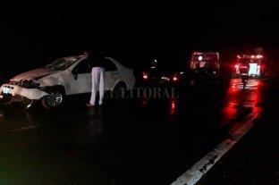 Despistó y volcó un auto en la Ruta Nacional 19