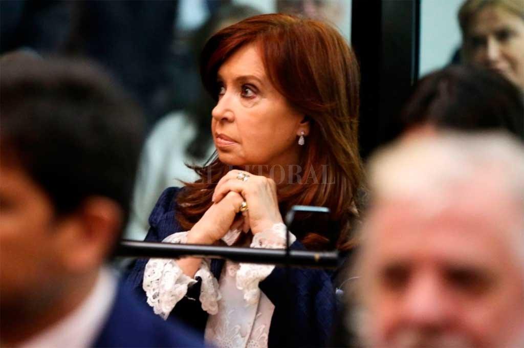 Causa cuadernos: piden enviar a juicio oral a Cristina Kirchner