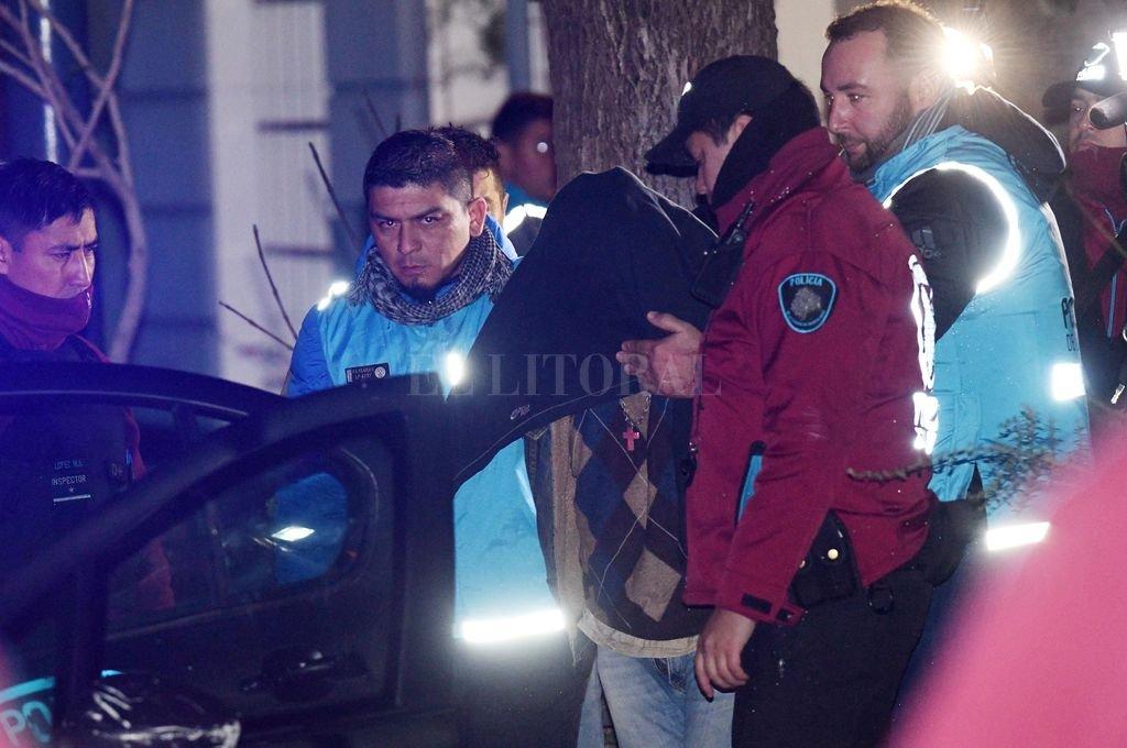 Buenos Aires: hallaron el cuerpo de una joven envuelto en frazadas y detienen a su ex pareja