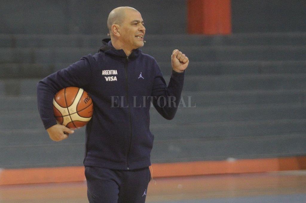 Sergio Hernández dio la lista de basquetbolistas para los Panamericanos