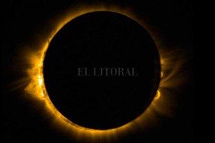 El cielo es noticia: llegan el solsticio de invierno y el eclipse total de sol - La nota gráfica es de un eclipse solar del 20 de marzo de 2015. Es una imagen tomada por la Nasa. En aquella oportunidad, atravesó de costa a costa Estados Unidos y se vio parcialmente en parte del Caribe, América Latina y Europa. -