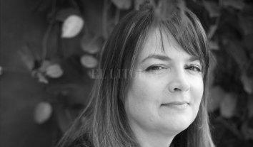"""""""El tiempo que lleve olvidar"""" - La autora santafesina Mercedes Bisordi. -"""