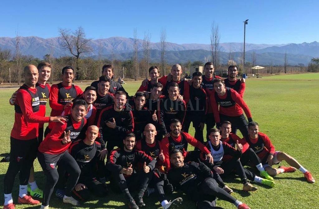 Los jugadores de pretemporada en Salta Crédito: Club Colón