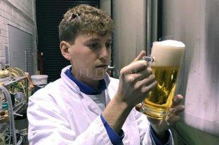 Un santafesino será jurado de las mejores cervezas del mundo  - Sin techo. Además de ser parte del jurado en el certamen mundial, fue designado como juez de la Copa América de Cervezas, a disputarse en la ciudad chilena de Valparaíso.