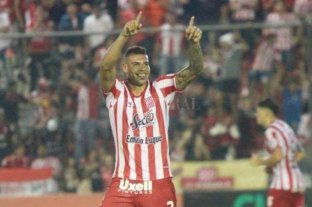 Lavallén pretende sumar un defensor