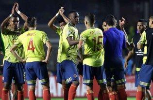 Colombia y Paraguay se enfrentan en un duelo clave para Argentina -  -