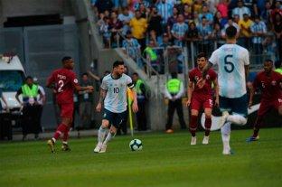 Messi jugó como un terrenal -  -