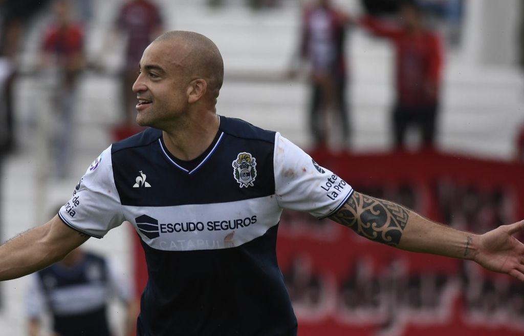 Santiago Silva continuará su carrera en Argentinos Juniors, el rival de Colón por Sudamericana