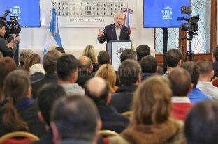 """Lifschitz firmó convenios en el marco del programa """"Iluminá tu provincia"""""""