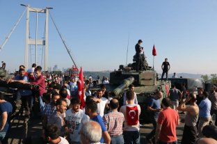Condenan a perpetua a 47 personas por el intento de golpe de Estado en Turquía en 2016