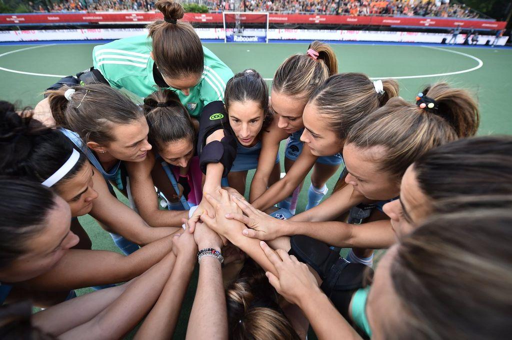 Las Leonas buscan la final ante Australia