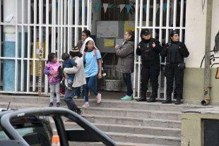 Con patrullajes, buscan pacificar el Fonavi Centenario tras los tiroteos