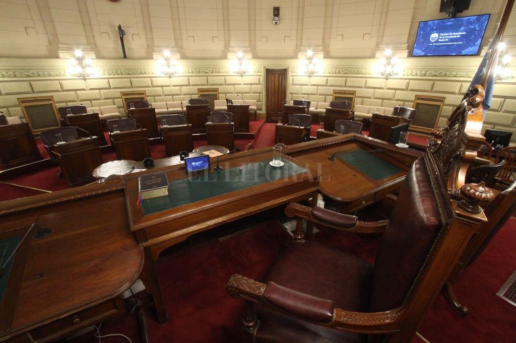 Cámara de Senadores de la Provincia. En lo que va del año, los senadores sólo tuvieron cinco sesiones.  <strong>Foto:</strong> Mauricio Garín