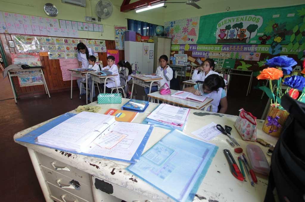 """""""VAMOS a garantizar que las escuelas rurales de ese sector tengan su acceso con ripio"""", añadió"""", destacó el jefe comunal. Crédito: Archivo El Litoral"""