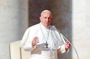 """El papa Francisco pidió rezar """"por los gobernantes y políticos"""""""
