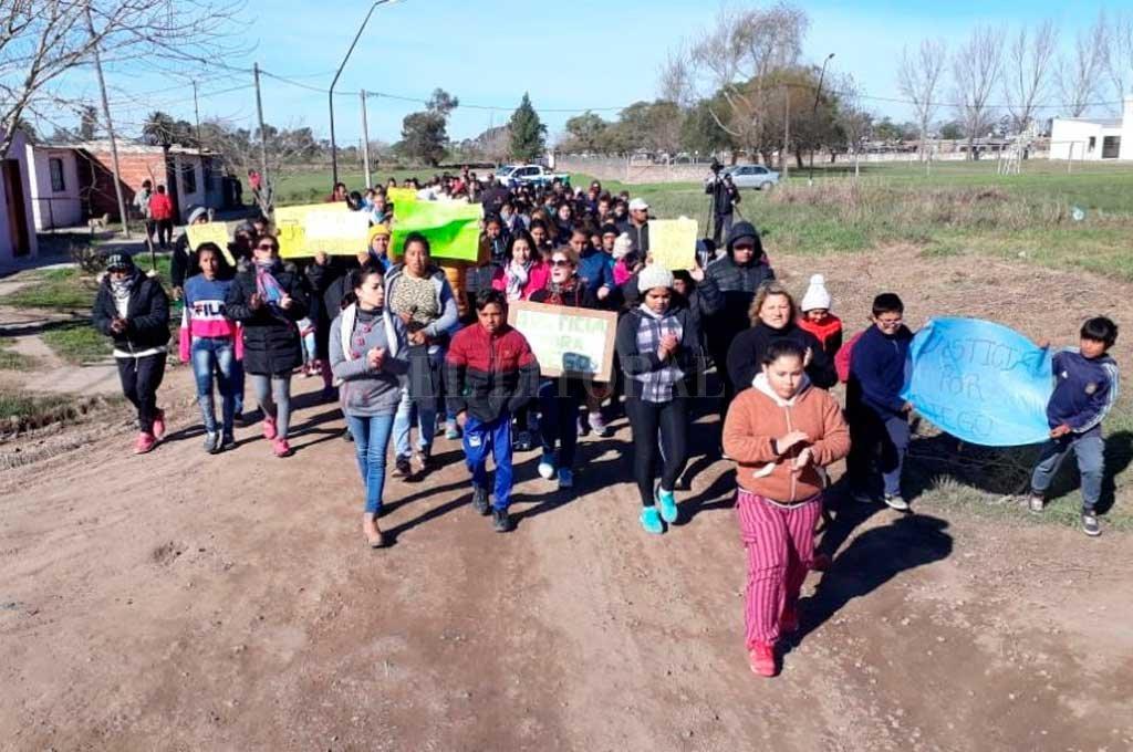 Imagen de la primera marcha en Recreo, realizada el domingo.  <strong>Foto:</strong> Gentileza Fm Power Max