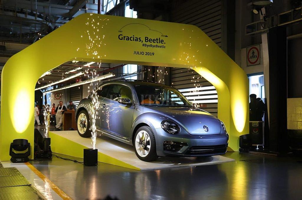 Así salió el último Beetle de la planta de Volkswagen en Puebla (México). <strong>Foto:</strong> Gentileza