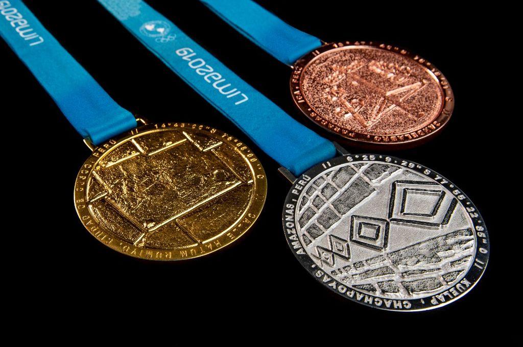 Se presentaron las 4941 medallas para la competencia que fueron elaboradas con símbolos y materiales de la cultura del país. <strong>Foto:</strong> Panam Sports
