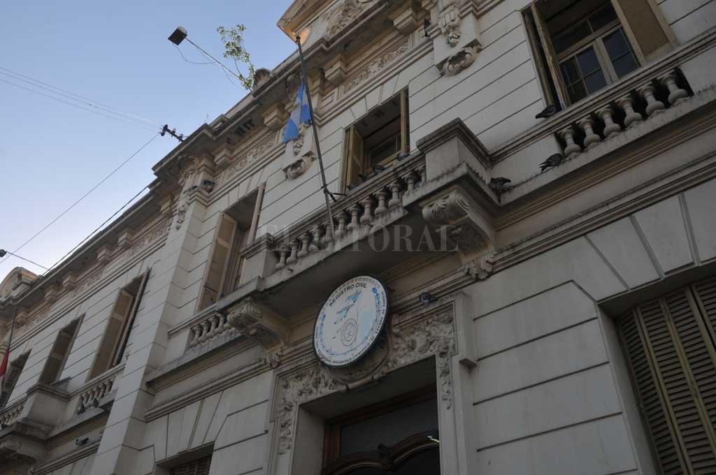 Registro. La solicitud para modificar el sexo en la partida de nacimiento ingresó en el Registro Civil de la ciudad.  Crédito: Archivo El Litoral / Flavio Raina