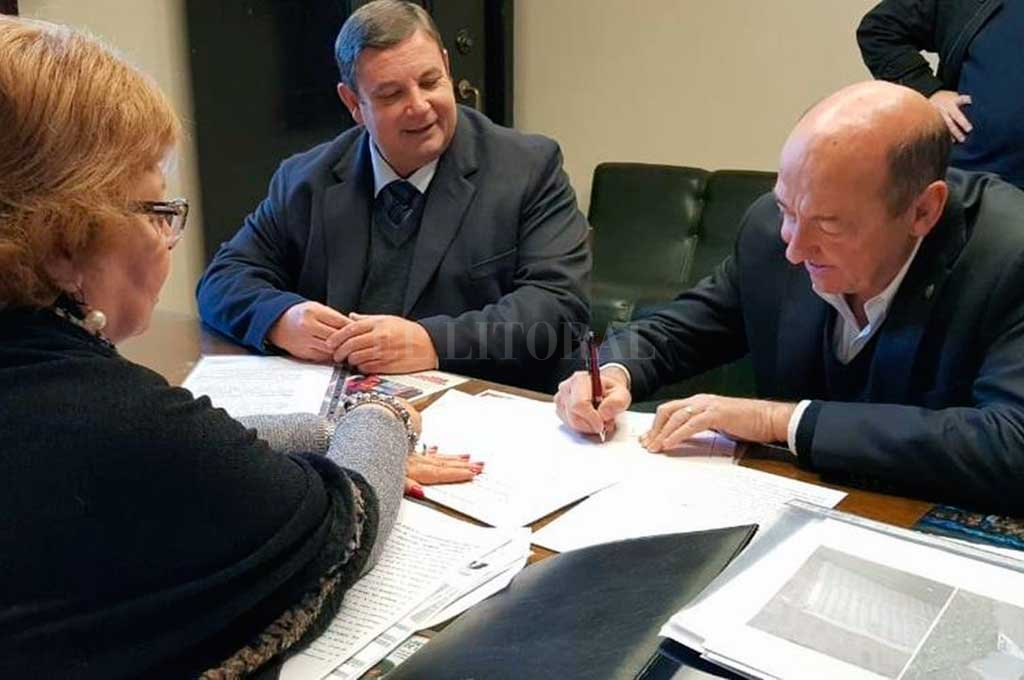 """""""Aumenta del patrimonio y se fortalece la institución educativa"""", aseguró el ministro de Desarrollo Social, Jorge Alvarez. Crédito: Gentileza"""