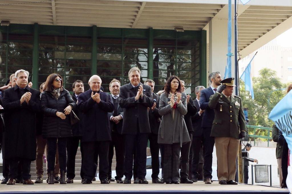 El gobernador, Miguel Lifschitz, encabezó los actos de conmemoración por el Día de la Independencia en Rafaela. Crédito: Archivo El Litoral
