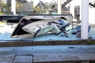Un prefecto resultó con severas lesiones al explotar una moto de agua -