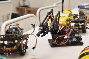 Jerárquicos prepara un Congreso sobre Innovación Educativa - En una de las jornadas se llevarán adelante prácticas educativas mediadas por recursos y herramientas digitales y audiovisuales como robots, videojuegos, tablets, smartphones, pizarras didácticas, entre otros. -