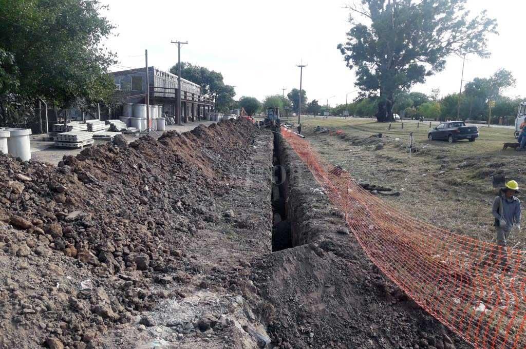Finalizó la ejecución del primer sistema  de desagües cloacales en San Javier