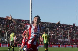 Soldano podría volver a la Argentina... ¿A Boca? -  -