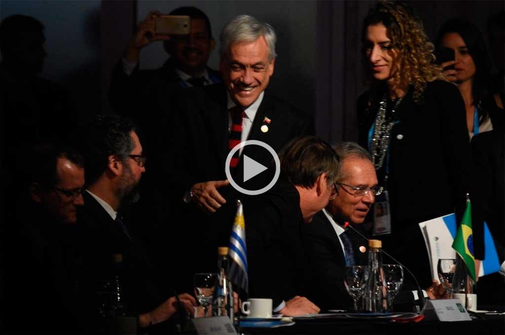 La perlita de la Cumbre del Mercosur: Piñera llegó tarde y arrancaron sin él
