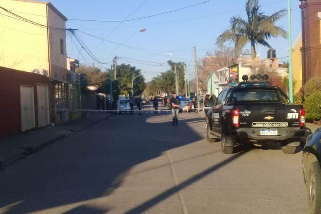 El incidente se produjo frente a la comisaría distrito 12, de Santo Tomé <strong>Foto:</strong> El Litoral.