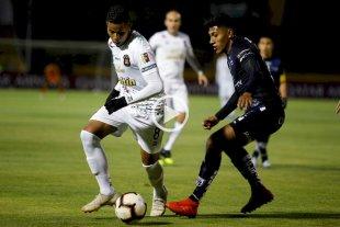 Independiente del Valle venció a Caracas y pasó de ronda en la Sudamericana