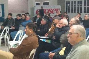 Charlas técnicas en la Sociedad Rural de Gobernador Crespo