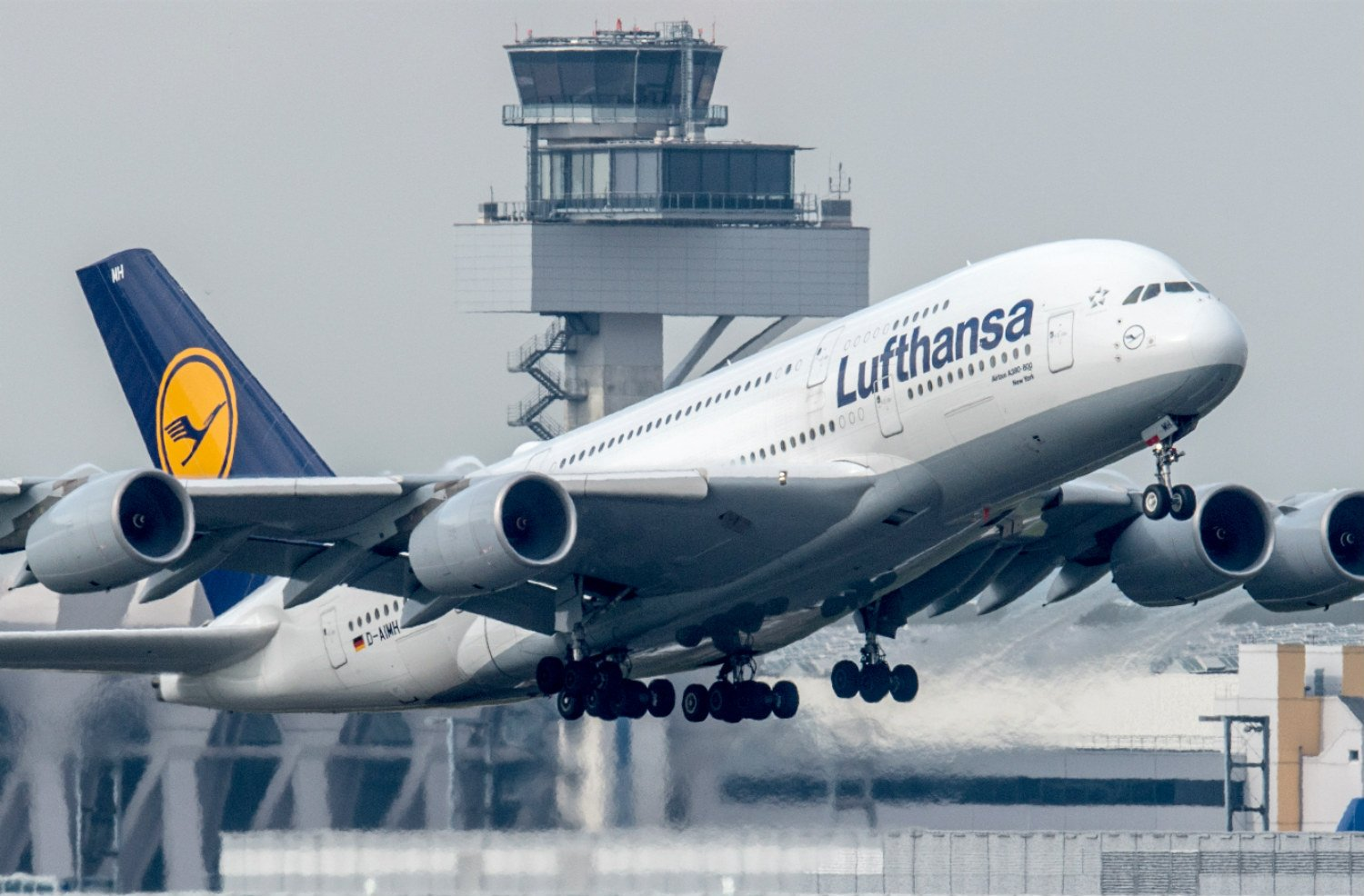 British Airways y Lufthansa suspenden vuelos a El Cairo