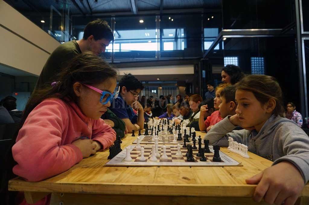 Jaque. Los más pequeños disfrutaron de la competencia en la que se rescatan los valores. <strong>Foto:</strong> Gentileza