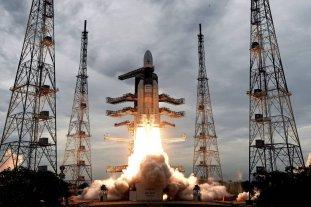 India envía una misión a la Luna -  -