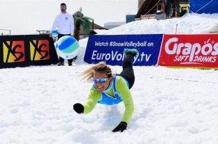 Snow Volley: por primera vez en América y con una santafesina como protagonista -  -