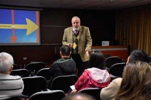 Germán Fernández disertó sobre Emergencias en Santa Fe
