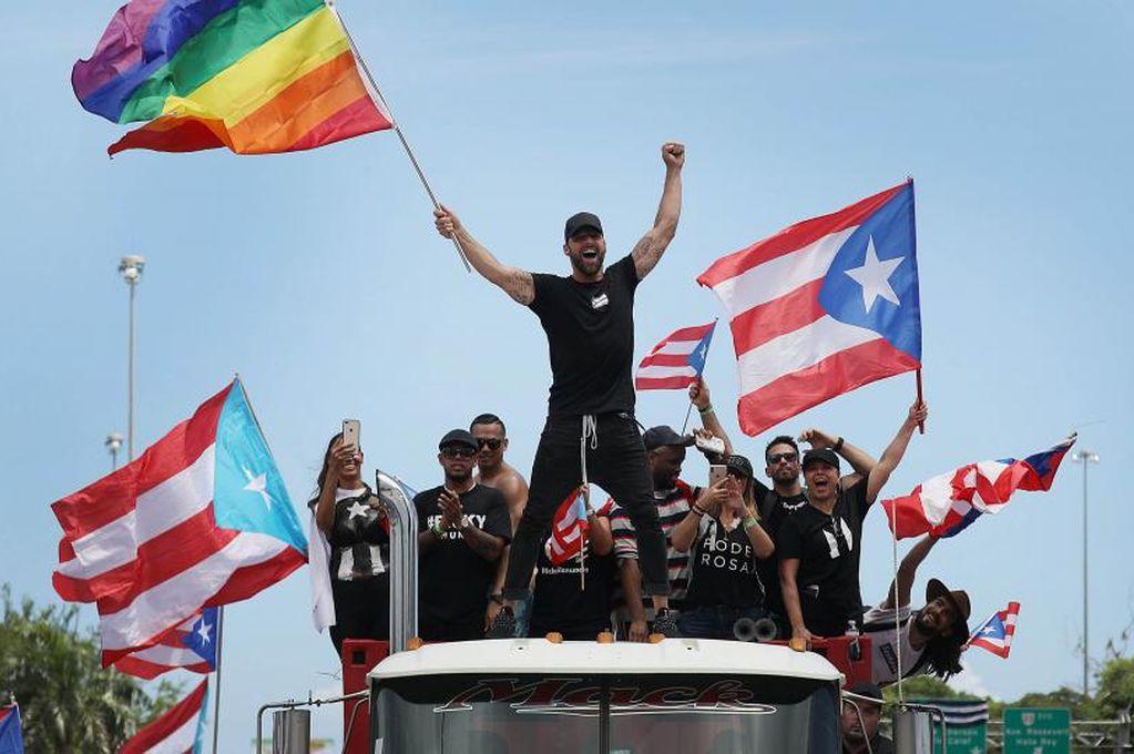 Ricky Martin, Daddy Yankee, Residente y Bad Bunny encabezan la marcha contra el gobernador de Puerto Rico