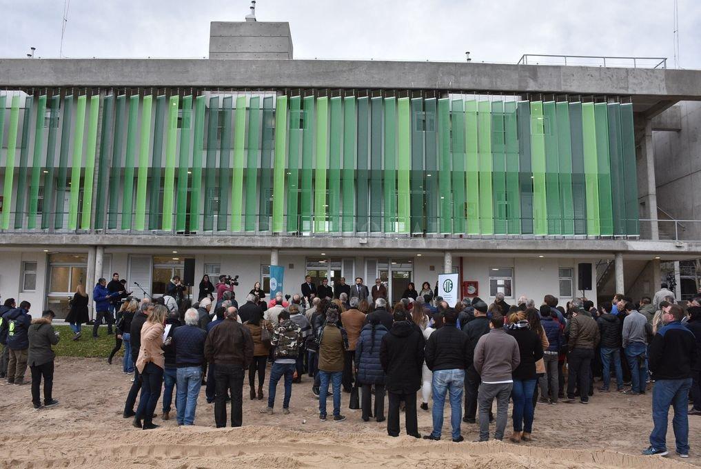"""""""Las inversiones en educación son la apuesta a la Santa Fe del futuro"""""""