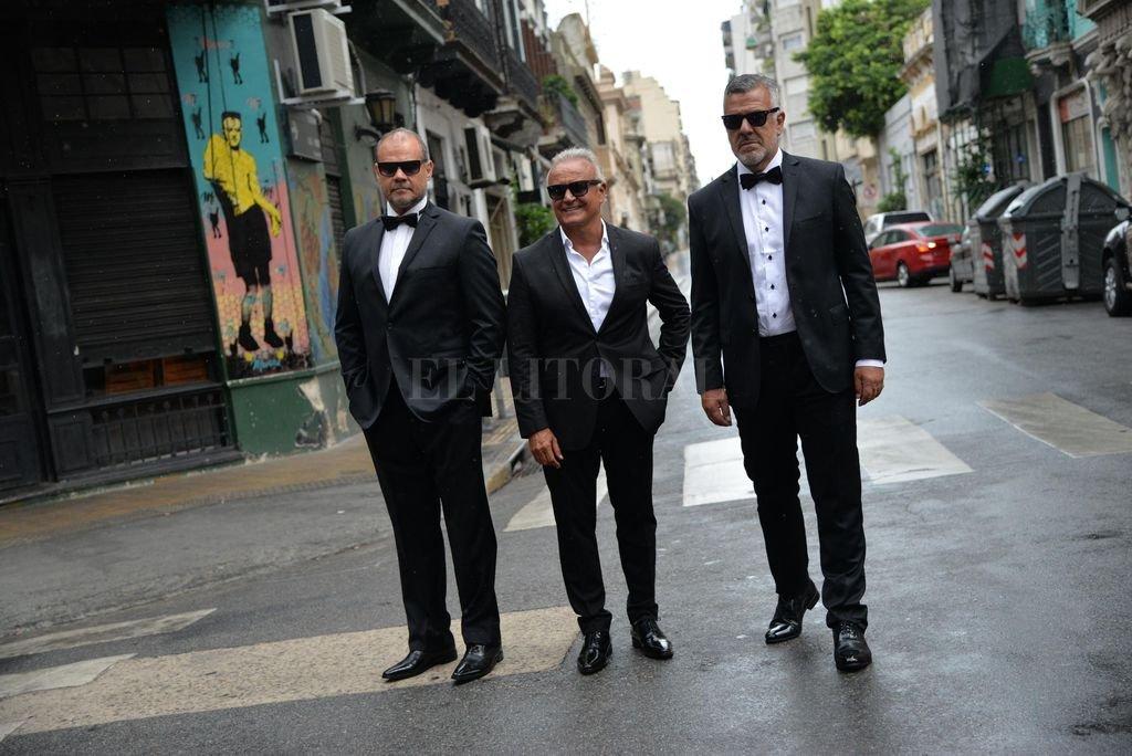 Chino Volpato, Miguel del Sel y Dady Brieva, artífices de un tour que los está llevando a recorrer nuevos lugares en la Argentina y Uruguay. <strong>Foto:</strong> Gentileza producción