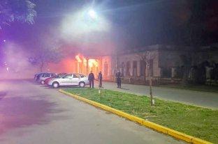 """Incendio en las instalaciones del Centro Cultural y Social """"El Birri"""""""